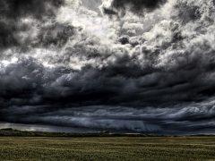 Σύννεφα των άκρων